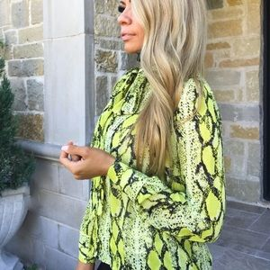 NEW!! Snakeskin print button up blouse lime yellow